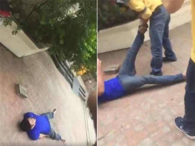 Hà Nội: Tên trộm xe máy bị chuột rút sau thời gian dài phải quỳ gối xin lỗi, người dân giúp xoa bóp chân rồi cho đi - Ảnh 2.