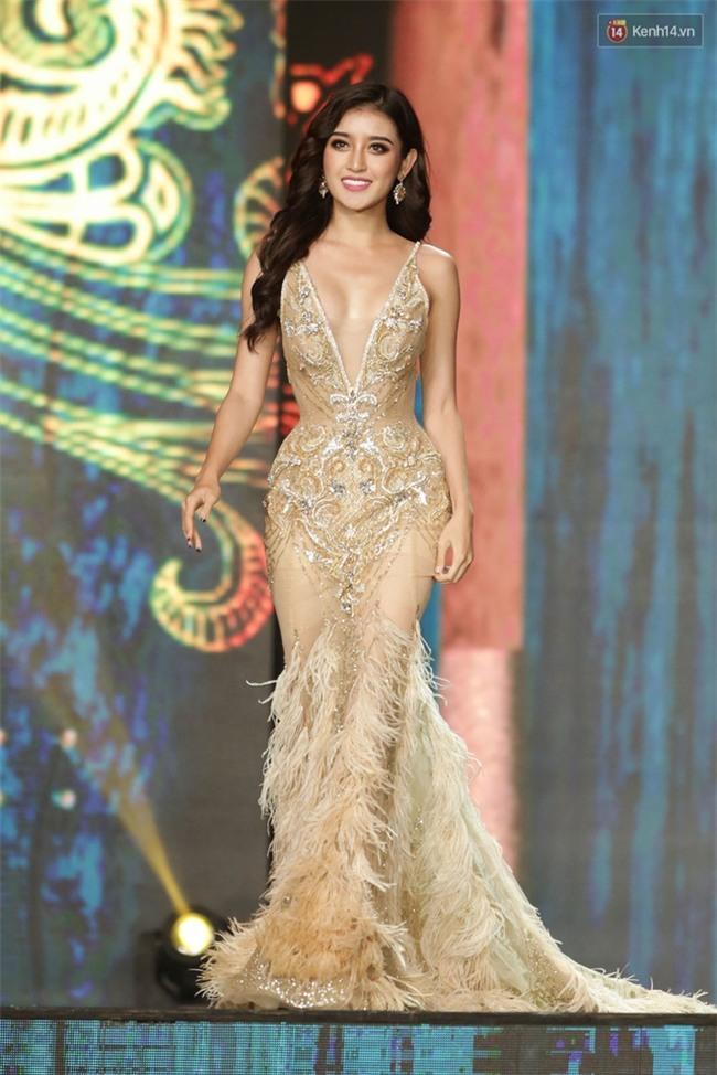 Miss Grand International: Huyền My đánh bọng mắt quầng thâm khó hiểu, nhiều thí sinh chọn trang phục thực sự lỗi - Ảnh 2.