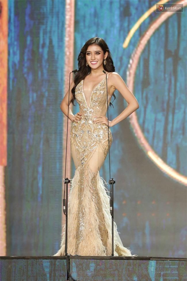 Miss Grand International: Huyền My đánh bọng mắt quầng thâm khó hiểu, nhiều thí sinh chọn trang phục thực sự lỗi - Ảnh 3.