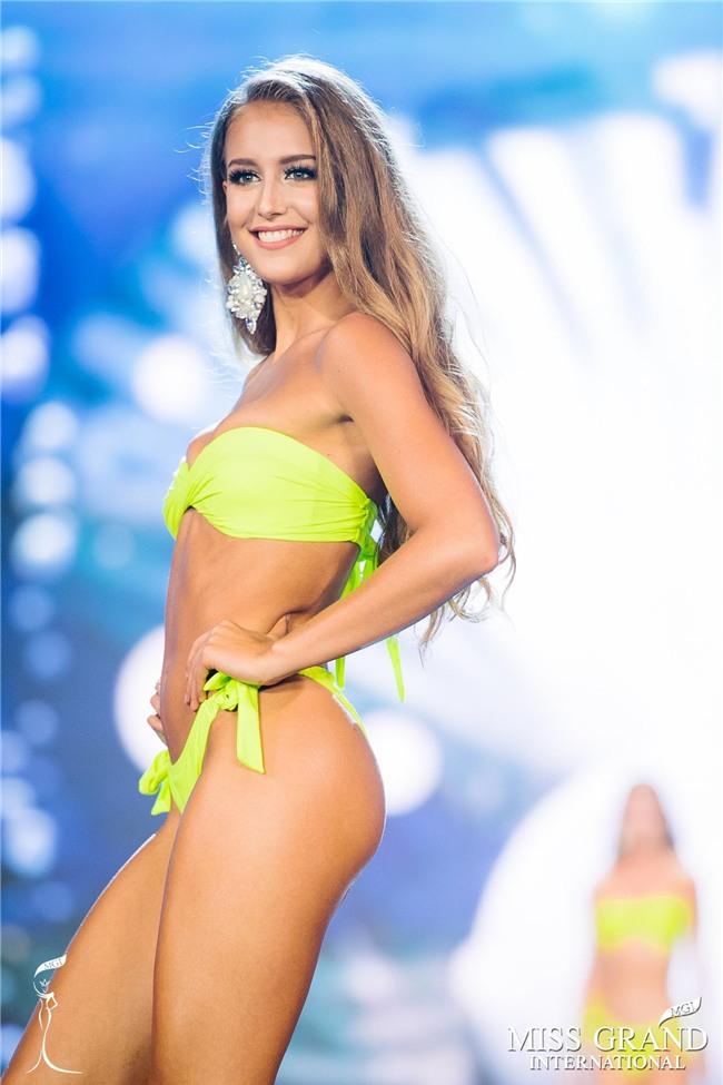 Đêm nay, Huyền My sẽ đăng quang Miss Grand 2017 trên chính sân nhà Việt Nam?-8