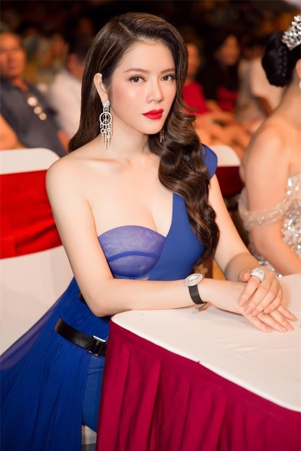 Lý Nhã Kỳ lộng lẫy như bà hoàng ngồi chấm Miss Grand International-10