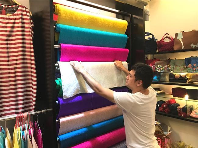 khaisilk,khaisilk bán khăn lụa Trung Quốc,làng lụa vạn phúc,thương hiệu lụa việt,lụa việt nam