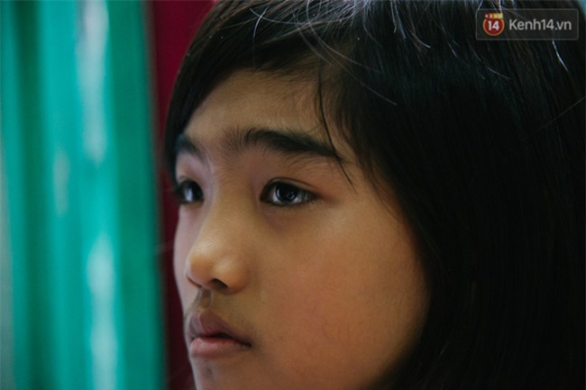 Chuyện Tám mù hát rong - Người cha lang thang Sài Gòn bán tiếng ca kiếm tiền chữa trị đôi mắt cho con gái - Ảnh 11.
