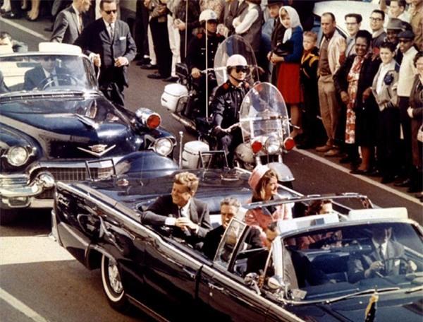 Hé lộ những tình tiết gây shock trong vụ ám sát Tổng thống Mỹ Kennedy-1