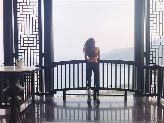 khong hieu sao an mac vo ly nhu the nay ma pham huong van cu dep - 4