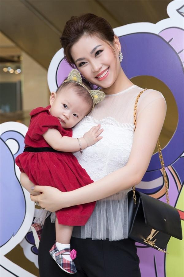 Những Bông hậu hiếm hoi không vướng nghi án thẩm mỹ của showbiz Việt - Ảnh 13.