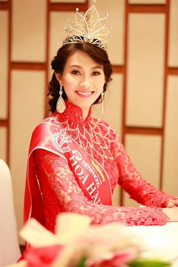 Những Bông hậu hiếm hoi không vướng nghi án thẩm mỹ của showbiz Việt - Ảnh 2.
