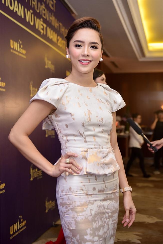 Những Bông hậu hiếm hoi không vướng nghi án thẩm mỹ của showbiz Việt - Ảnh 20.