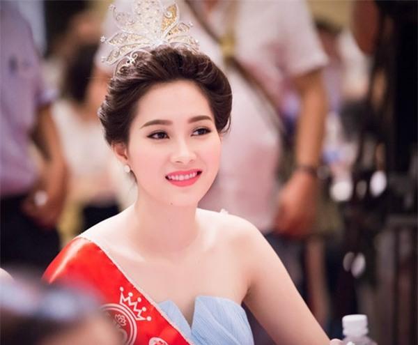Những Bông hậu hiếm hoi không vướng nghi án thẩm mỹ của showbiz Việt - Ảnh 3.