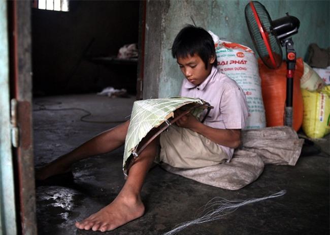 Hà Nội: Tận cùng nỗi đau, sự khốn khổ của một gia đình có nhiều người tâm thần - Ảnh 14.