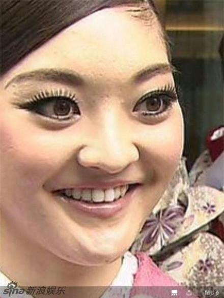 Cận cảnh nhan sắc 5 Hoa hậu bị ném đá dữ dội nhất ở thế giới và Việt Nam - Ảnh 10.