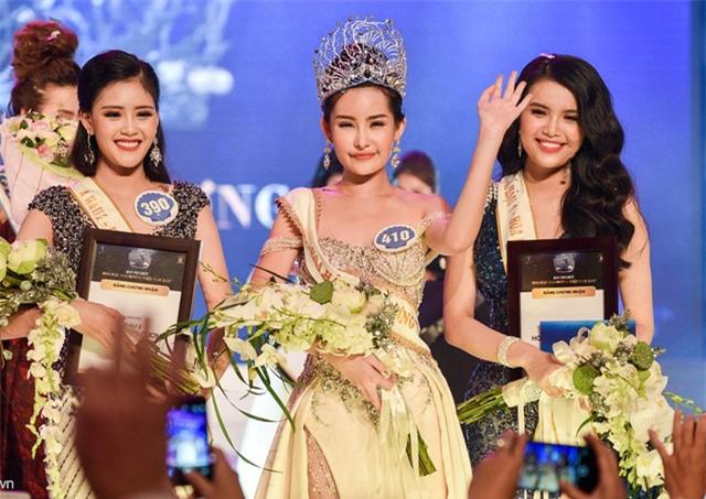 Cận cảnh nhan sắc 5 Hoa hậu bị ném đá dữ dội nhất ở thế giới và Việt Nam - Ảnh 15.