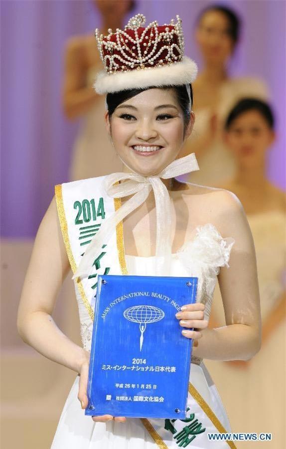 Cận cảnh nhan sắc 5 Hoa hậu bị ném đá dữ dội nhất ở thế giới và Việt Nam - Ảnh 8.