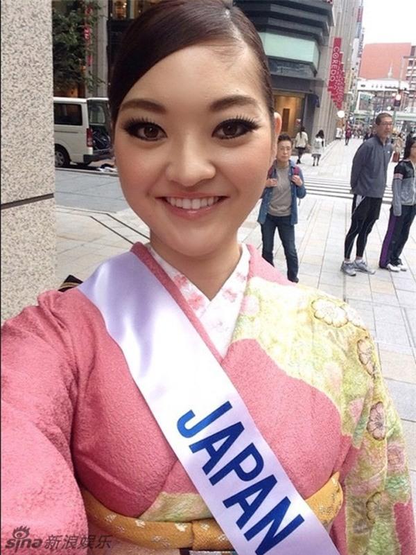 Cận cảnh nhan sắc 5 Hoa hậu bị ném đá dữ dội nhất ở thế giới và Việt Nam - Ảnh 9.