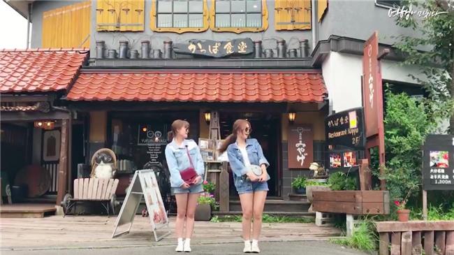 Clip siêu xinh xắn của 2 cô bạn Hàn Quốc đi du lịch cùng nhau: Thôi, cần bạn trai làm gì!-3