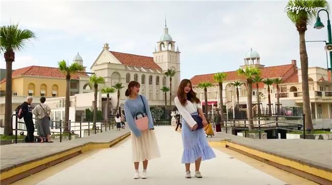 Clip siêu xinh xắn của 2 cô bạn Hàn Quốc đi du lịch cùng nhau: Thôi, cần bạn trai làm gì!-5