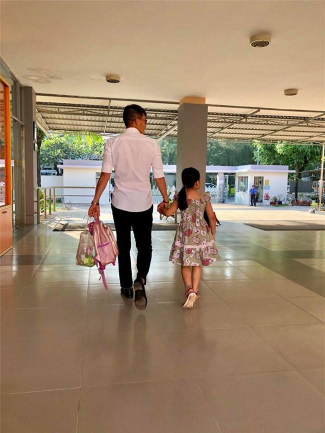 Bất ngờ trước hình ảnh mới nhất của con gái Công Vinh - Thủy Tiên: Mới 4 tuổi mà đã lớn thế này! - Ảnh 3.