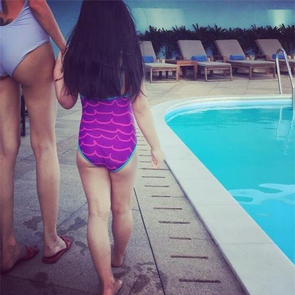 Bất ngờ trước hình ảnh mới nhất của con gái Công Vinh - Thủy Tiên: Mới 4 tuổi mà đã lớn thế này! - Ảnh 4.