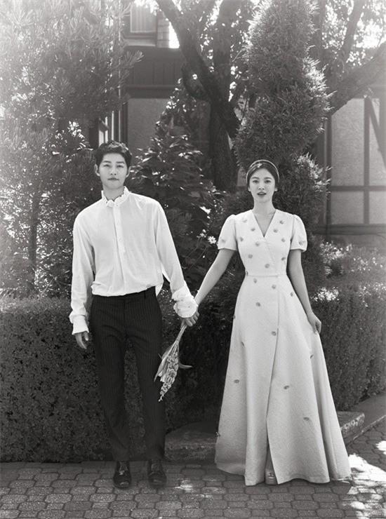 Ảnh cưới Song Joong Ki và Song Hye Kyo 1
