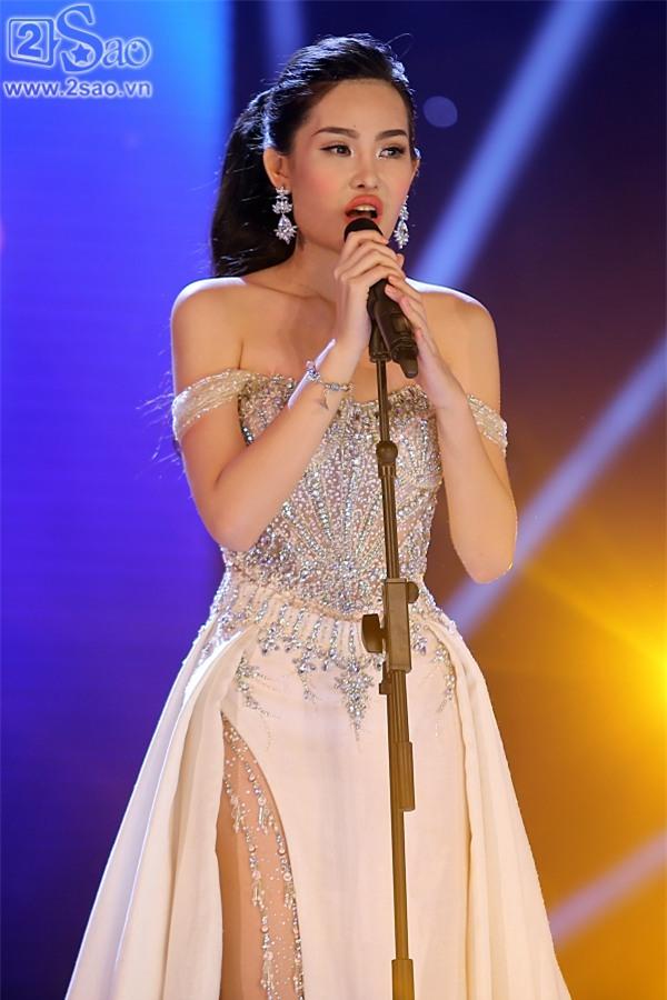 Cười ra nước mắt những màn ứng xử khôi hài chỉ có ở Hoa hậu Đại Dương-3