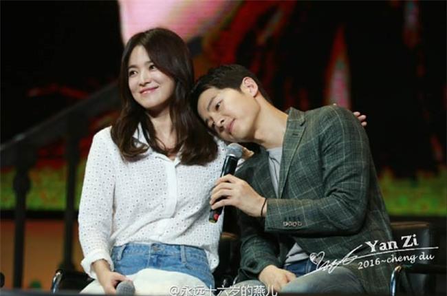 nhung cot moc choi loi trong con duong tinh yeu cua song joong ki - song hye kyo - 7
