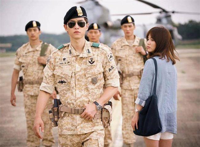 nhung cot moc choi loi trong con duong tinh yeu cua song joong ki - song hye kyo - 3