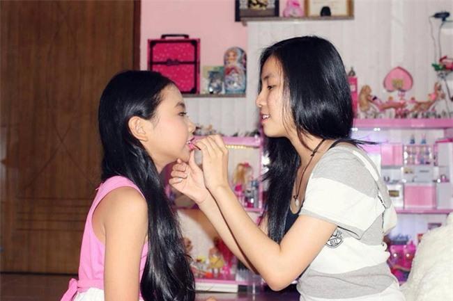 Phương Mỹ Chi: Bố khóc khi đọc báo về scandal của con gái với cô Út - Ảnh 3.