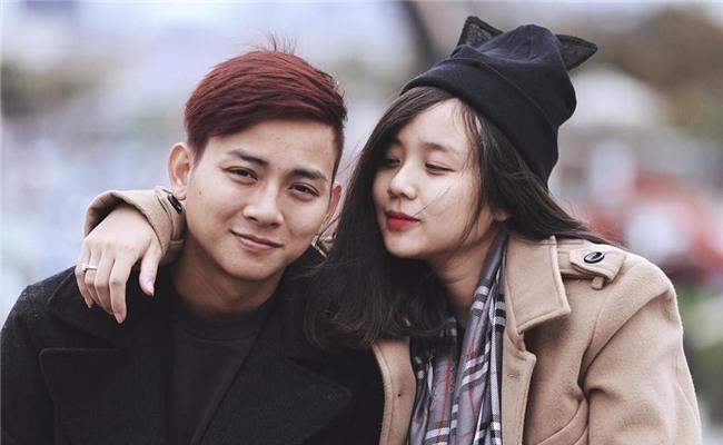 Bạn gái Hoài Lâm chia sẻ xúc động nhân dịp kỉ niệm 6 năm yêu nhau: Mỗi cuộc gặp nhau về mà bị phát hiện thì luôn được no đòn, bầm dập - Ảnh 1.