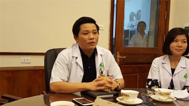 Lý do bảo vệ bệnh viện Phụ Sản Hà Nội đánh rách mặt người nhà bệnh nhân - Ảnh 1.