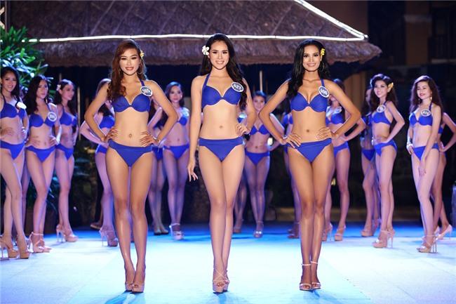 Thí sinh Hoa hậu Đại dương phải cởi đồ trước mặt bác sĩ nam?