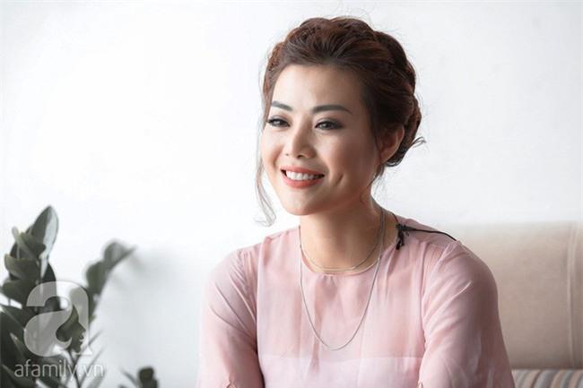 Phan Hương Người phán xử tiết lộ lý do giấu mặt chồng tuyệt đối - Ảnh 3.