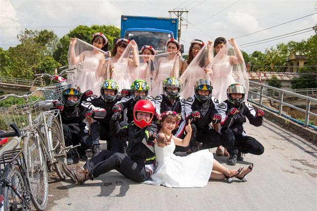 Trang phục cực chất và dàn xế khủng rước dâu trong đám cưới của cặp đôi Sài Thành - Ảnh 5.