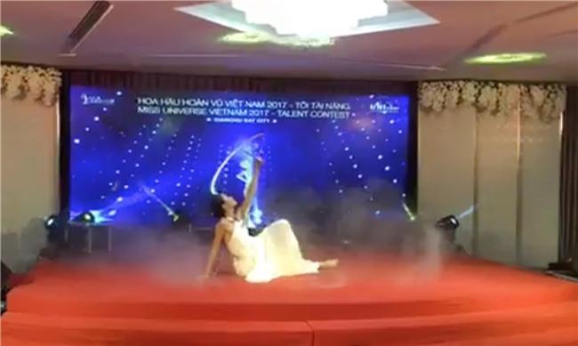Hoàng Thùy bị nhận xét hát như... tra tấn giám khảo, Mâu Thủy ghi điểm với tài năng múa tại Hoa hậu Hoàn vũ VN - Ảnh 5.