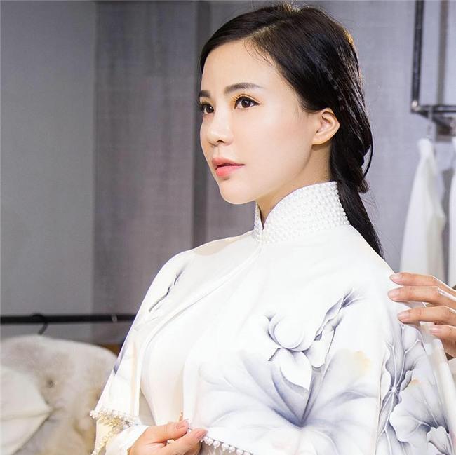 Chân dung bà chủ lô mỹ phẩm 11 tỷ không rõ nguồn gốc: Từng được đề cử tham dự Hoa hậu quý bà Châu Á 2017 - Ảnh 7.