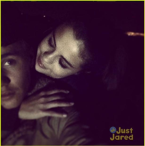 Đây là tình sử của Justin và Selena suốt 7 năm qua: Dài và dai chẳng kém Cô dâu 8 tuổi! - Ảnh 15.