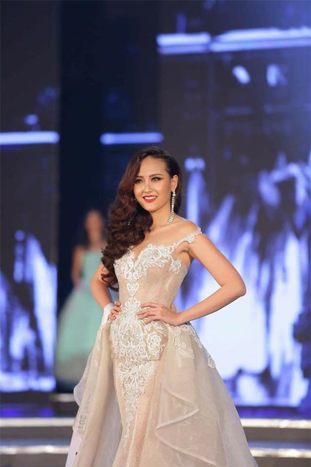 Đi thi trong âm thầm, Khánh Ngân xuất sắc đăng quang Hoa hậu Sắc đẹp Hoàn cầu 2017-6