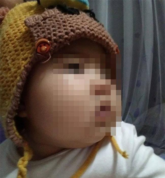 Tuyên Quang: Giữa đêm người nhà ôm thi thể bé gái 5 tháng tuổi quay lại BV yêu cầu làm rõ cái chết bất thường - Ảnh 2.
