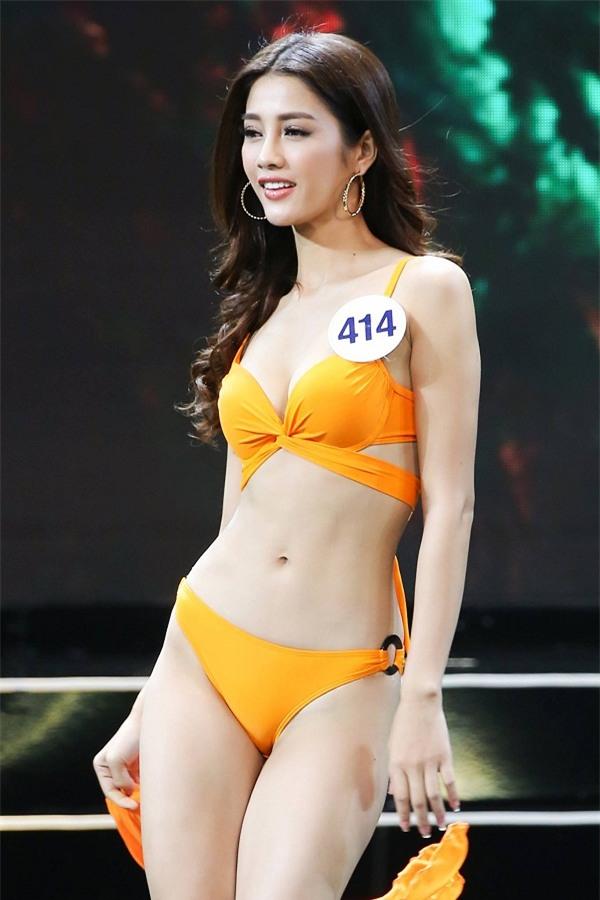 Hoàng Thùy và Mâu thủy tỏa sáng rực rỡ đêm bán kết Hoa hậu Hoàn vũ Việt Nam 2017-8