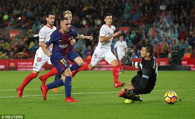 Alcacer mở tỷ số cho Barcelona sau pha dứt điểm nhạy cảm