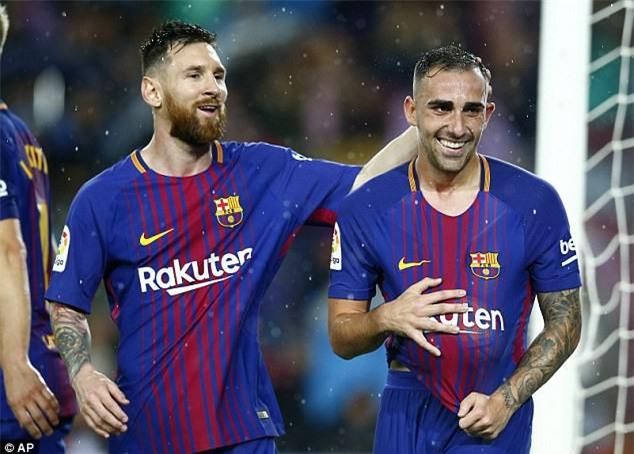 Alcacer tỏa sáng với cú đúp giúp Barcelona giành 3 điểm trước Sevilla
