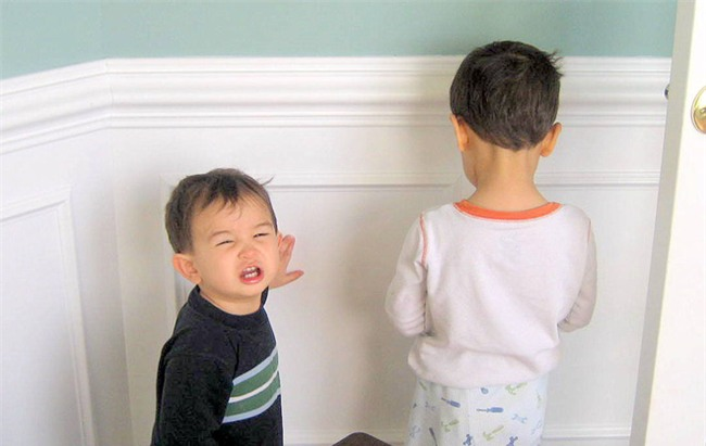 Đây là 6 nguyên tắc kỷ luật lỗi thời bố mẹ không nên áp dụng với con mình nữa - Ảnh 2.