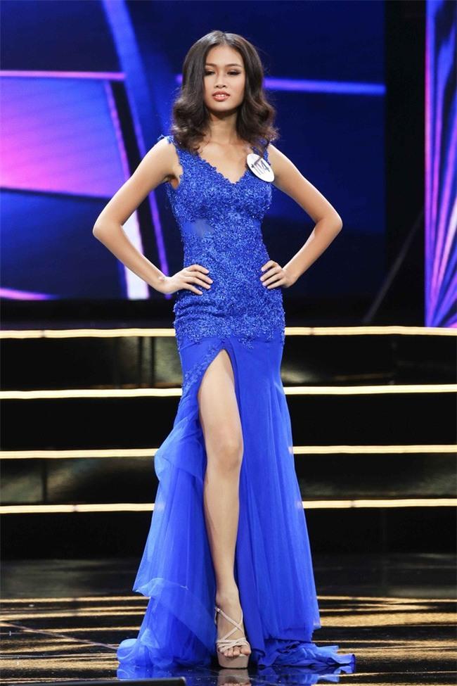 Nhặt sạn đêm Bán kết kém hấp dẫn của Hoa hậu Hoàn vũ 2017 - Ảnh 10.