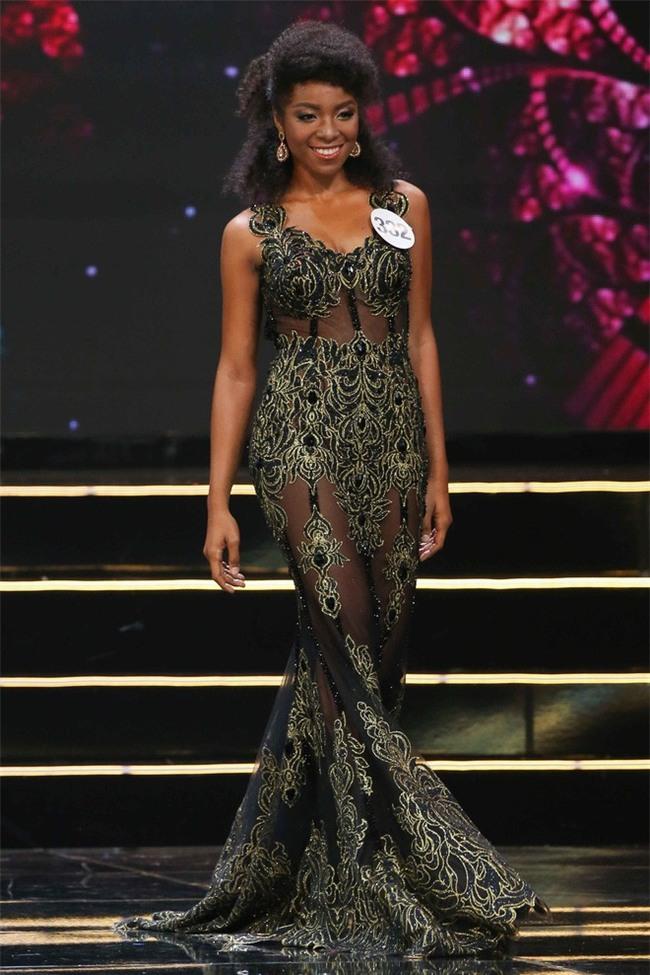 Nhặt sạn đêm Bán kết kém hấp dẫn của Hoa hậu Hoàn vũ 2017 - Ảnh 11.