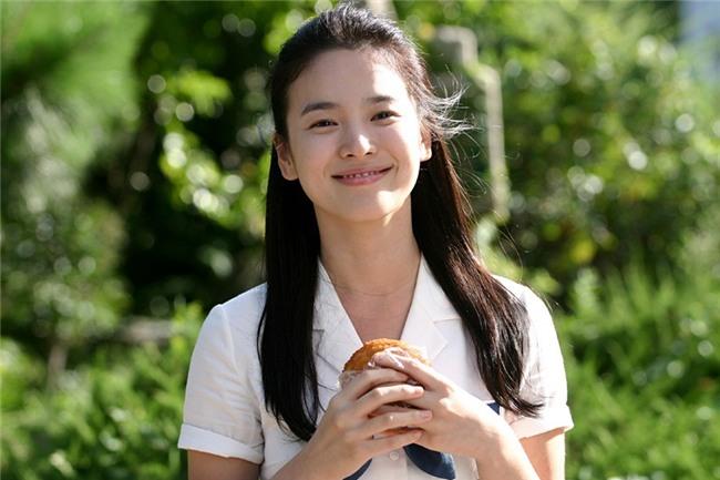 19 năm nhìn lại nhan sắc của Song Hye Kyo: Thì ra đây là lý do tường thành mãi không thể bị đạp đổ - Ảnh 18.