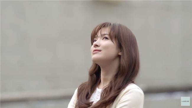 19 năm nhìn lại nhan sắc của Song Hye Kyo: Thì ra đây là lý do tường thành mãi không thể bị đạp đổ - Ảnh 33.