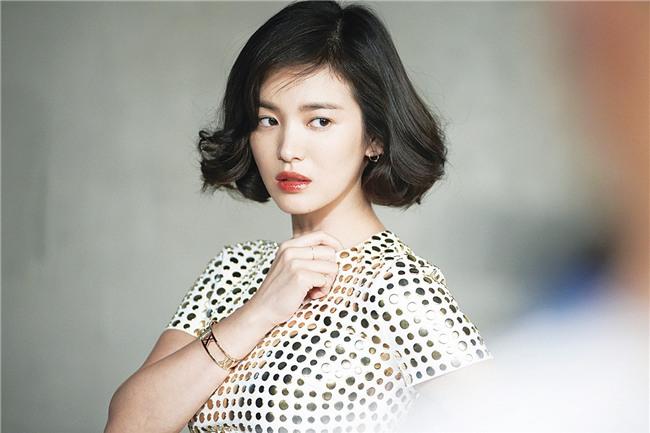 19 năm nhìn lại nhan sắc của Song Hye Kyo: Thì ra đây là lý do tường thành mãi không thể bị đạp đổ - Ảnh 38.