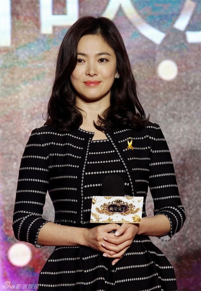19 năm nhìn lại nhan sắc của Song Hye Kyo: Thì ra đây là lý do tường thành mãi không thể bị đạp đổ - Ảnh 40.