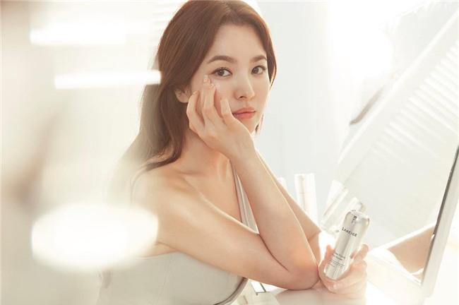 19 năm nhìn lại nhan sắc của Song Hye Kyo: Thì ra đây là lý do tường thành mãi không thể bị đạp đổ - Ảnh 45.