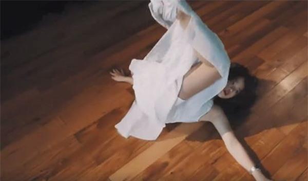 Đầu tư kỹ trang phục, Linh Ka và nhóm hotteen Hà thành vẫn bị chê tơi tả khi cover ca khúc về mẹ-3