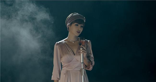 Trở lại sau 3 năm, ca khúc mới của Uyên Linh gây tranh cãi trên mạng xã hội-4